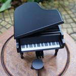 กล่องดนตรีเปียโนไม้
